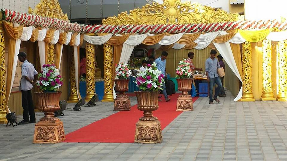 Welcomes Guest Redcarpet Impressive